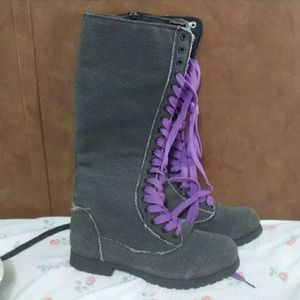 💥3 For $12💥 👼🏽 🆕️ Gray Lace-Up Boots